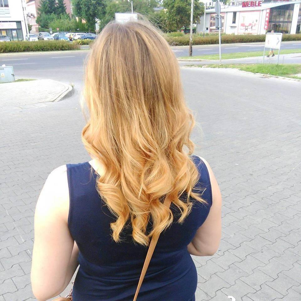 sombre na rozjaśnionych włosach